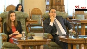 Ponta şi Petrescu, TRĂDAŢI DE GESTURI: 'Ministrul n-a putut ţine piept marinarului'