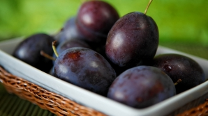 Beneficiile consumului de prune. Iată ce boli grave pot preveni