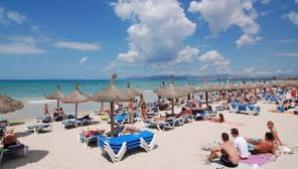 Tânăr găsit mort pe plaja din Mamaia