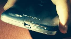 Tânărul a primit un telefon nou de la HTC.