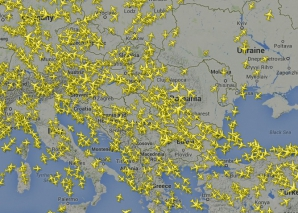 AVION DOBORÂT: Spaţiul aerian ucrainean, OCOLIT de aeronave - HARTĂ