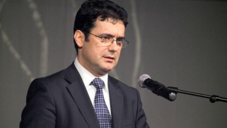 Istoria nu este punctul forte al ministrului Educaţiei, Remus Pricopie