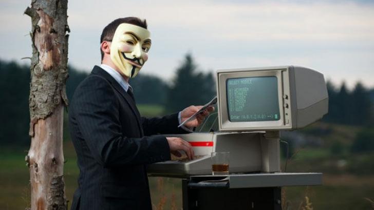 """Anonymous a inceput """"Operatiunea ISIS"""": hackerii au publicat liste cu nume"""