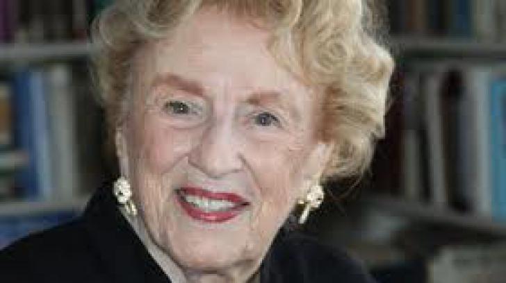 Scriitoarea Bel Kaufman a murit la vârsta de 103 ani