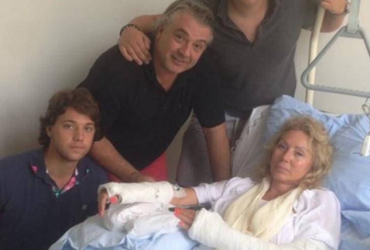 Lepa Brena a suferit un accident