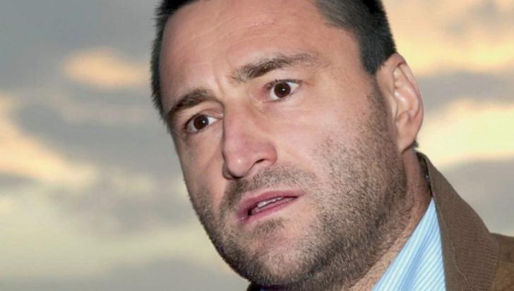 Nelu Iordache, aflat în arest la domiciliu, a mers la poliţie să-şi ridice cartea de identitate