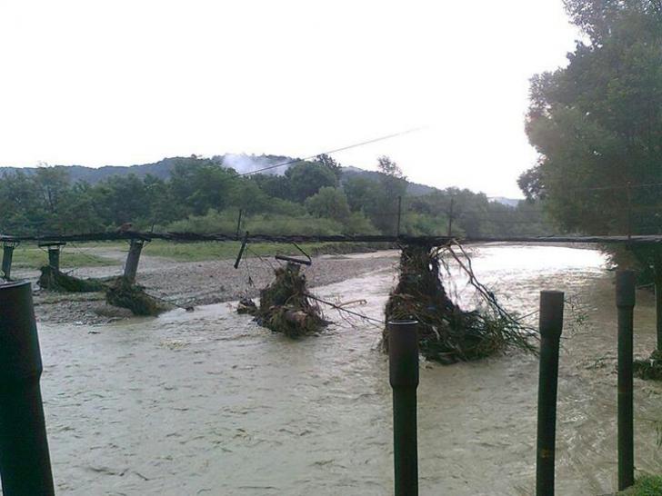 MARTOR OCULAR: efectul TERIBIL al inundaţiilor de acum două luni, din Proviţa de Sus