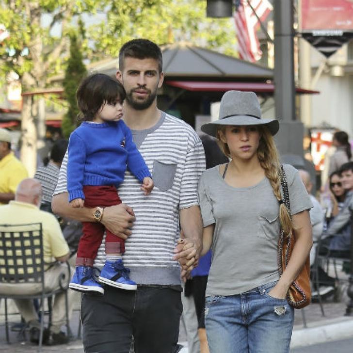 Shakira, alături de fiul şi partenerul său, fotbalistul Gerard Pique