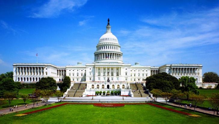 4 IULIE, Ziua Națională a SUA. America secolului XXI: complexul cetății asediate