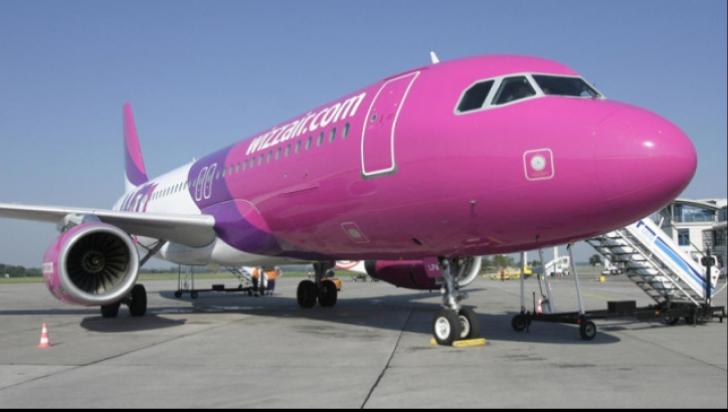 Avion Wizz Air blocat pe un aeroport din Italia