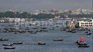 Naufragiu în Bangladesh: Peste 100 de persoane dispărute
