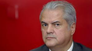 """Adrian Năstase s-a implicat în """"influenţarea pozitivă"""" a celorlalţi deţinuţi"""