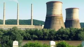 Hunedoara: Circa 300 de angajaţi ai Termocentralei Mintia PROTESTEAZĂ faţă de ELIMINAREA SPORURILOR