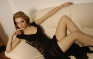 Anemona Niculescu de la A.S.I.A. a ajuns actriţă pe un site porno!