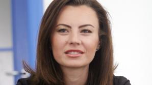 Văduva lui Lazarov SE IUBEŞTE cu o fostă VEDETĂ TVR