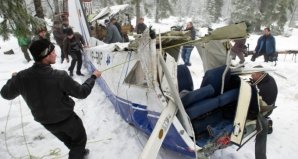Supraviețuitorii accidentului aviatic din Apuseni, cetățeni de onoare ai comunei Horea / Foto: voceatransilvaniei.ro