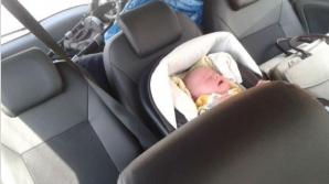 Inconştienţă la cote maxime. Şi-au închis bebeluşul în maşină şi au plecat să se relaxeze
