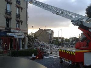 Bloc de patru etaje, prăbușit la Paris. Foto: Twitter