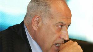 Voiculescu contestă raportul IJ privind numirea judecătorilor care au soluţionat dosarul ICA
