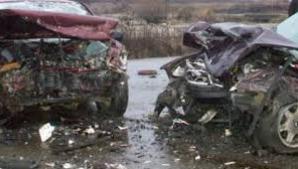 Accident cumplit în judeţul Vrancea, pe drumul care leagă Adjud de Bacău.