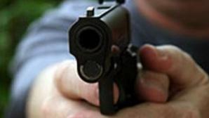FOCURI DE ARMĂ la CONSTANŢA pentru prinderea unor hoţi de maşini. Doi dintre ei, copii de 14 ani