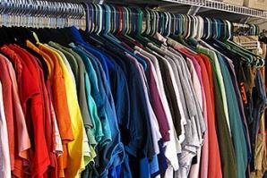 Guvernul rus interzice funcționarilor să cumpere haine importate și încălțăminte