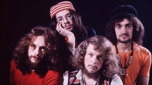 Doliu în lumea muzicii. A murit basistul iniţial al trupei Jethro Tull
