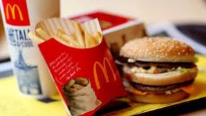"""McDonald's nu figurează în recomandările medicale nutriționale de """"dietă echilibrată și sănătoasă""""."""