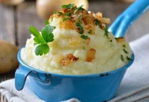 Opt paşi simpli pentru un PIURE de cartofi PERFECT