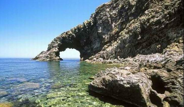 Insula Pantelleria din Sicilia