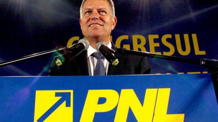 Iohannis: M-am născut în România, sunt cetăţean român şi numai român