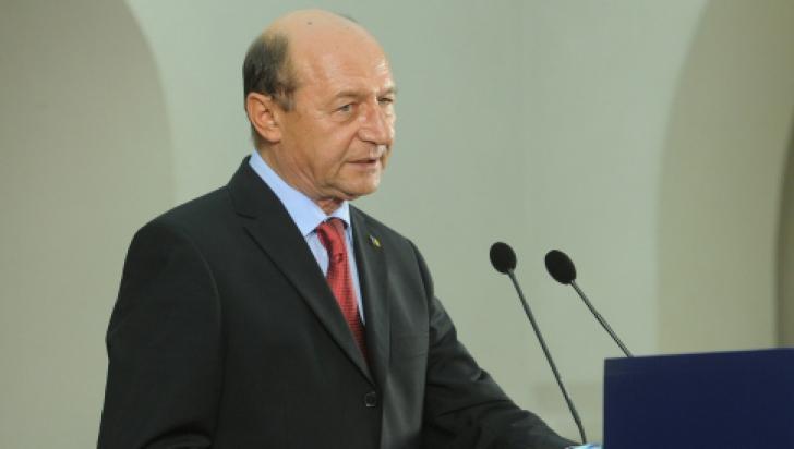 TENSIUNI ÎN UCRAINA. Băsescu: E vorba de infiltrări, nu o invazie, de trupe ruse ce nu au ciocniri