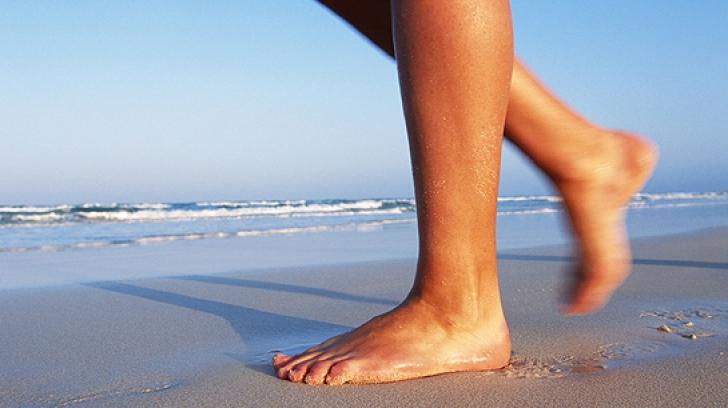 Mersul pe nisip, benefic