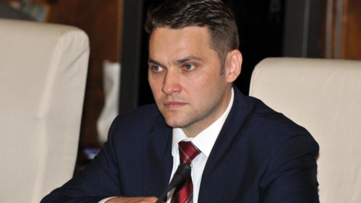 Şova: Denunţarea pactului de coabitare va afecta relaţiile directe dintre premier şi preşedinte