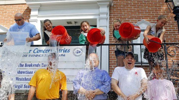 Au rămas fără apă din cauza Ice Bucket Challenge