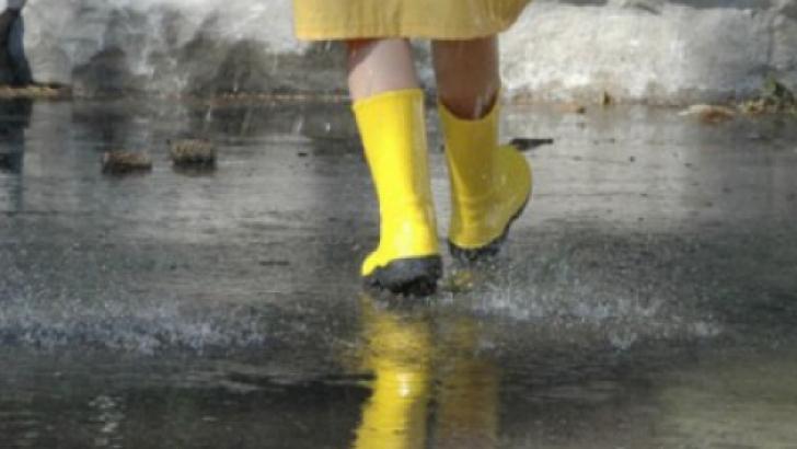 ALERTĂ MAXIMĂ pe insula japoneză Hokkaido, din cauza unor ploi torenţiale