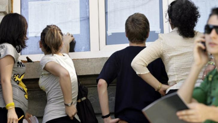 REZULTATE BAC SESIUNE TOAMNĂ. DEZASTRU: aproximativ 80% dintre elevi au PICAT