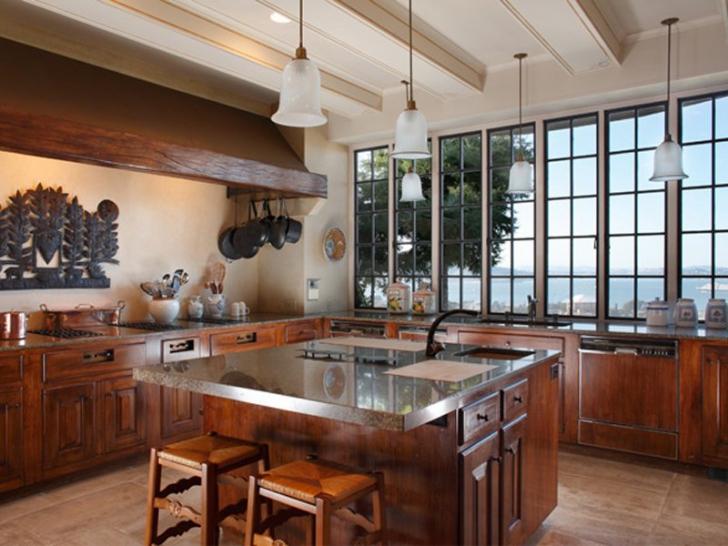 Cum arată casa lui Jonathan Ive, geniul de la Apple care a făcut designul iPod şi iPhone