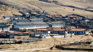 Americanul Matthew Miller a fost condamnat duminică de către un tribunal nord-coreean la şase ani de închisoare