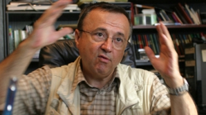 Ion Cristoiu: Manualul digital, O DIVERSIUNE în stilul lui Victor Ponta