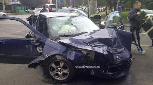 IMPACT VIOLENT între un BMW şi o dubiţă: doi răniţi / Foto: opiniatimisoarei.ro
