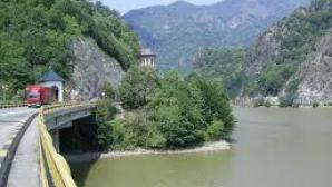 Valea Oltului, drum imposibil pentru transportul comercial