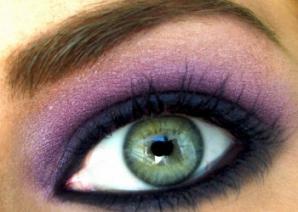 La ce boli eşti predispus în funcţie de culoarea ochilor
