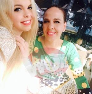 <p>Fata Barbie de Romania are 16 ani si vrea sa fie celebra</p>