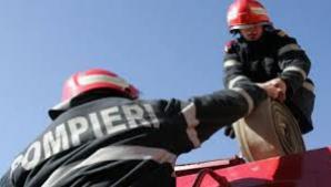 Pompierii, prost plătiţi în raport cu pericolele meseriei