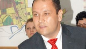 Primarul oraşului Ţăndărei, ARESTAT PREVENTIV