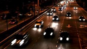 Semnalele pe care şi le fac şoferii, DECODIFICATE