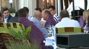Traian Băsescu, la terasă cu Elena Udrea şi membrii PMP