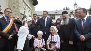 Victor Ponta, într-o vizită în Suceava