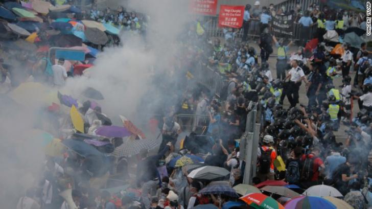Imagini de la protestul din Hong Kong